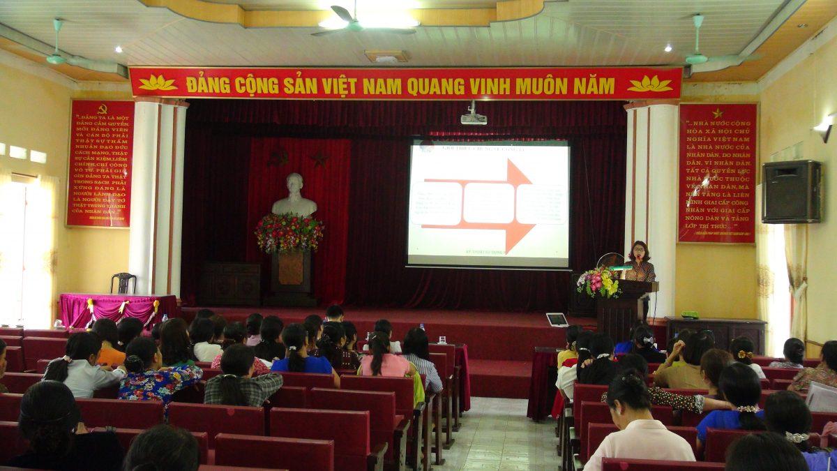 """Công Ty TNHH Hoa Tín tổ chức hội thảo tập huấn """" Kiến Thức Sử Dụng NPK Hoa Tín hiệu quả"""" tại Thái Bình"""